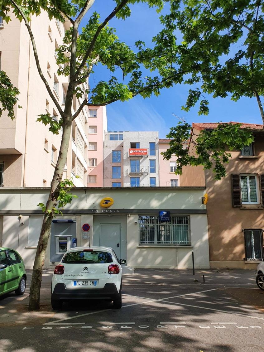 Katalyse-coworking Montchat travaux façade arrière