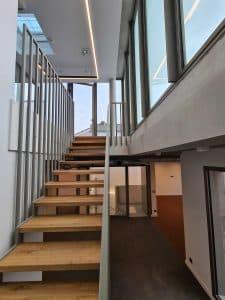 Katalyse-coworking Montchat escalier duplex